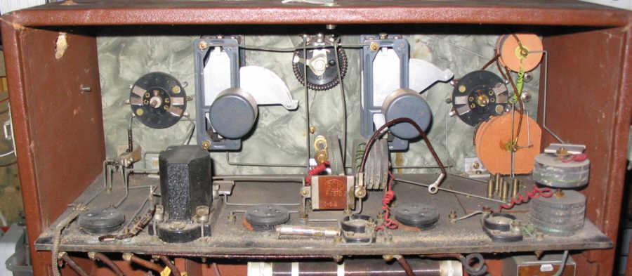 Recepteur portatif 4 lampes sans marque - Etat des lieux PG_DB95